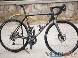 Scott Addict 15 RC Di2 (2018г)  Ultegra R8070 Di2