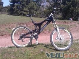 Продам Santa Cruz V-10