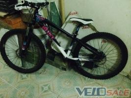 Продам Kellys Bluff 10 - Київ - екстрім: bmx, дерт, даунхіл, тріал велосипед hardtail 3300 грн.