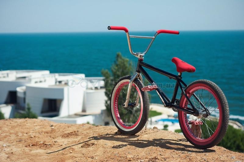Продам топовый BMX