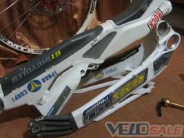 Продам GT DHi team - Луганск - рама для велосипеда 2000 грн.