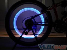 LED лампа на колесо велосипеда/мотоцикла
